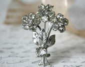 Vintage Rhinestone Flower Brooch Pin - clear 1950s elegant