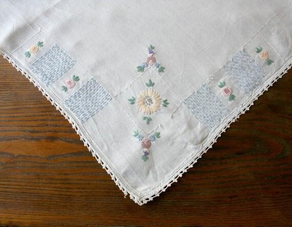 Vintage Linen Embroidered White Tablecloth - cottage kitchen farmhouse 1930s