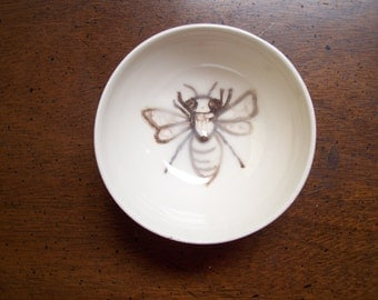 Busy bee little bowl