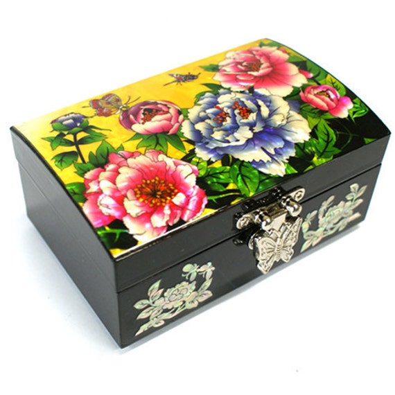 Lacquer ware inlaid new mother of pearl handcrafted jewelry case,jewel box trinket box Butterfly &Flowers Design