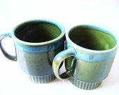 Vintage stacking cups/ mugs in olive green and blue