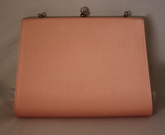 Vintage Clutch 1960s peach fabric chain strap