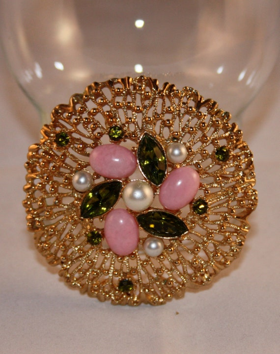 Vintage Sarah Coventry green, pink and pearl brooch