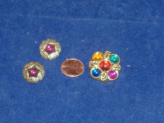 Flashy Multi Colored Jeweled Plastic Buttons - Set of 3 - DESTASH