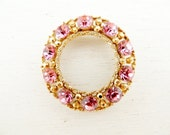 vintage 50s Weiss pink wreath brooch. MOVE IN CIRCLES.