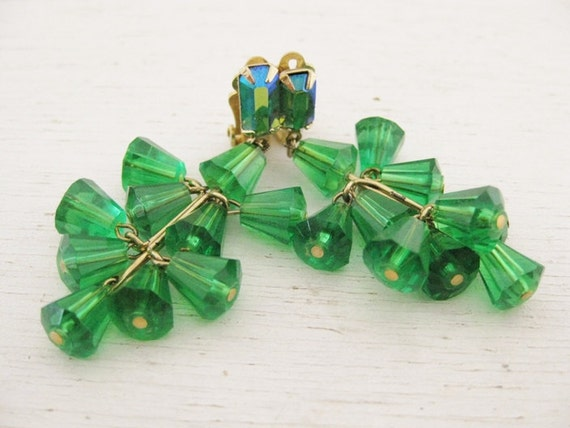 vintage Lewis Segal clip on earrings. CRISTALLE EAU VERTE