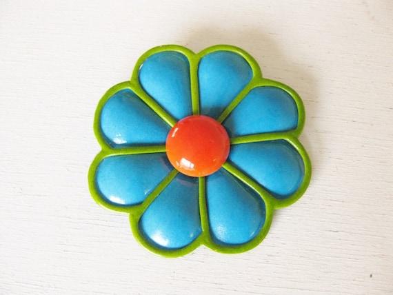 1960s large enamel flower brooch. DREAM FLOWER