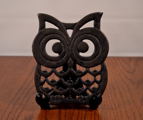 Vintage Cast Iron Black Owl Trivet Pot Holder