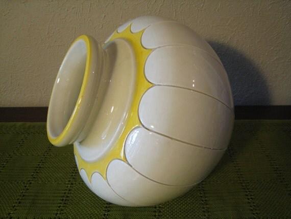 Large Vintage 1960s or 1970s Pottery Vase - White and Yellow Glaze - Mid Century Modern Boho Sunshine Yellow - Mod Yellow