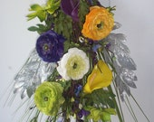 Spring/Summer Glamour/Chic Swag in yellow/purple/green/white calla lilies and ranunculus