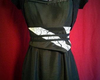 Obi Belt Black & White Swirl Pattern, Modern Tie Around Feminine Two in One Belt