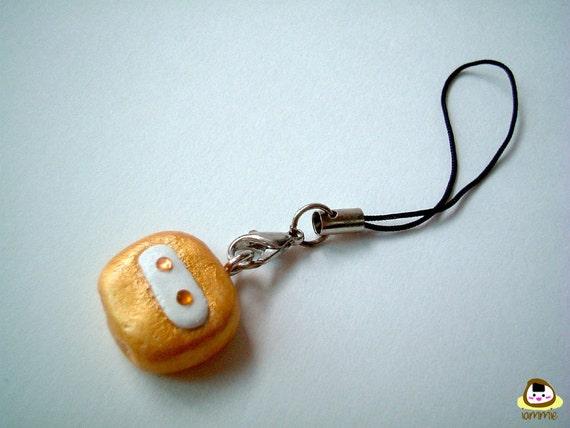 DOBOT: Miniature Goledn Clay Robot Figure, clay figure, keychain, charm, pendant, mini, tiny, dollhouse, accessories, gold, iammie