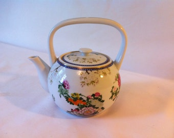 Japanese floral Teapot - Tea for Two and Two for Tea