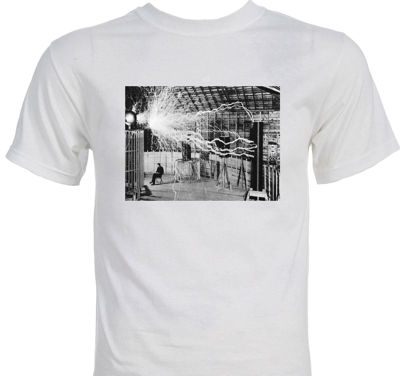 Nikola Tesla in the Lab Scientist T-Shirt