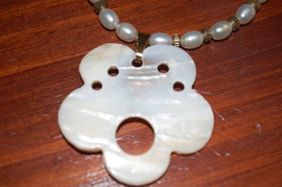 Pearl Necklace with pearl flower pendant