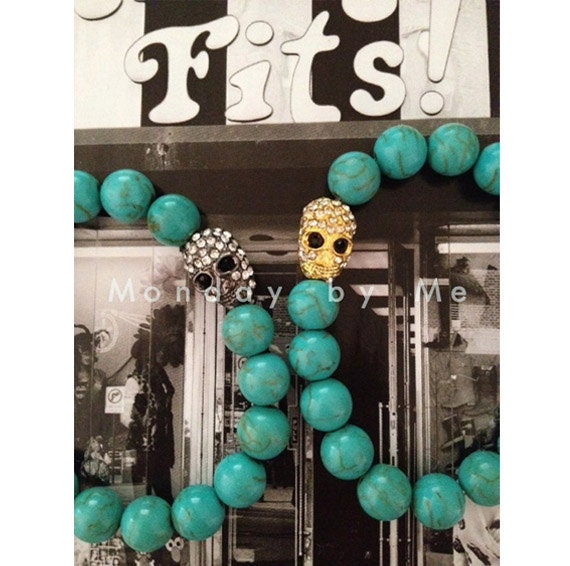 Crystal Skull beaded bracelet with Turquoise gemstones