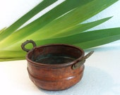 Mini RUSTIC PRIMITIVE COPPER pan - Vintage metal planter pot holder - Dark green patina & brass handles - Kitchen decoration