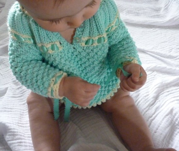 Vintage crochet newborn baby hooded sweater 0 to 3 months