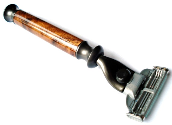 Handmade Mach 3 Razor, Walnut Wood, Gift Box Included