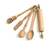 Vintage Toy Wood Tools - houseware -  miniature - collectibles - 1950s