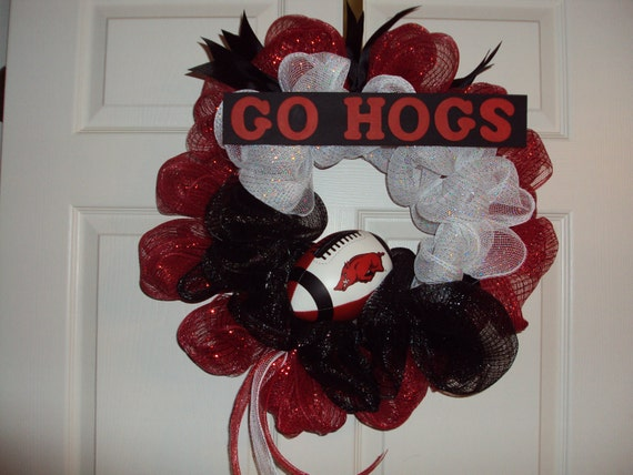 Razorback Wreath, Razorback Deco Mesh Wreath, Razorback Football Wreath, Arkansas Razorback Wreath, Go Hogs, Arkansas Razorback Football