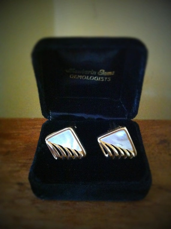 Men's Swank mother of pearl gold tone cufflinks cuff links holiday  gift