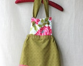 2T- 3T Girls Apron, Green and Pink Flower / Childrens Apron