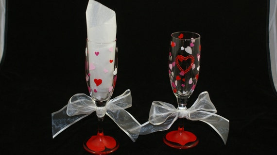 Hand Painted Champagne Flutes with hearts for a Wedding, Engagement Party, Anniversary or any romantic event