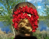 Ava - Bun Belt, dramatic flower wreath of bright red blooms for your hair bun