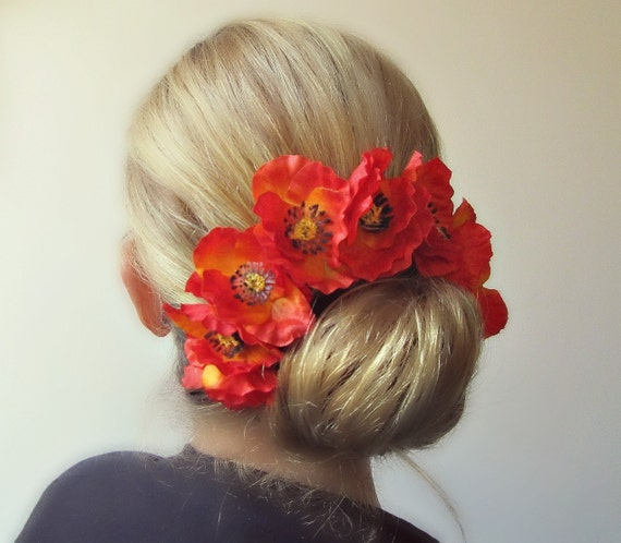 Demeter's Poppies - bright and beautiful Bun Belt, ring of poppies for your hair bun