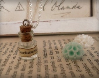 Veritaserum glass vial necklace - Harry Potter inspired