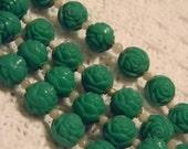 Vintage 60's Green Rose Necklace