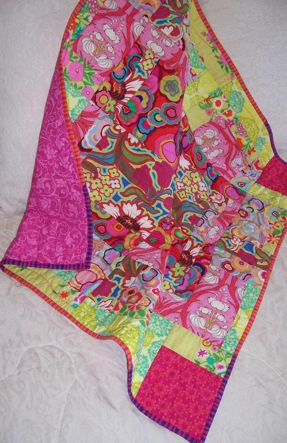 Broken Windows Baby Quilt Pattern 429P, Baby Quilt, Fabric, Hippie
