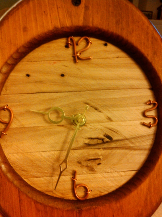 Rope Pulley Primitive Wall Clock (Free U.S. Shipping)