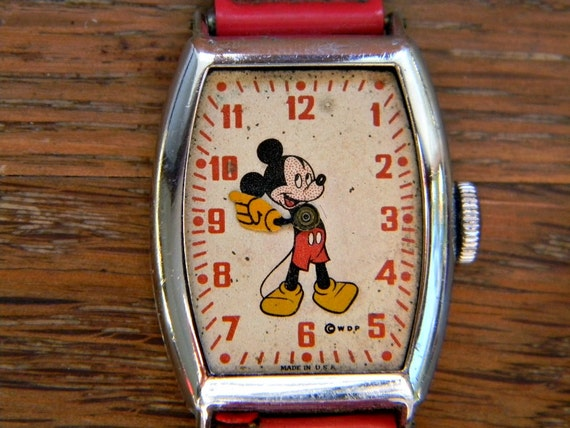 Mickey Mouse Watch For Parts or Vintage Jewelry Assemblage, Steampunk, Altered Art, Mixed Media,Collage, Art Assemblage