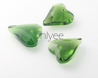 2pcs-22mmX18mm  Crystal Heart High Quality Detail 4Colors- Green (L100-C)