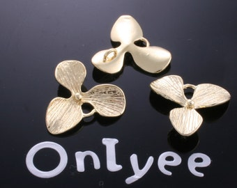 8pcs-17mmX17mm 14K Gold plated Flower pendants/Charms/Connectors(K161G)