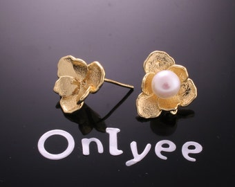 10pcs-16mmX14mm 14K Gold plated Flower Earrings Connectors/ Charms/ pendants(K176G)