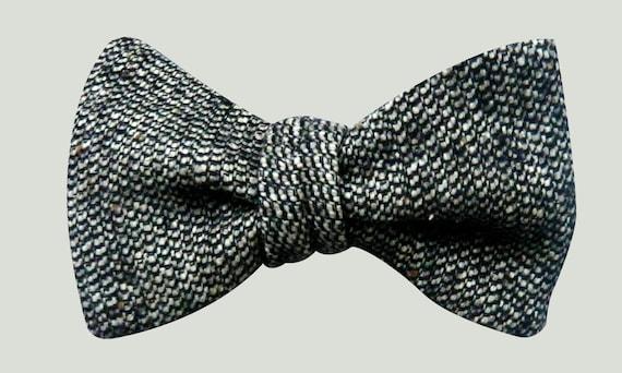 Grey Tweed Bow Tie