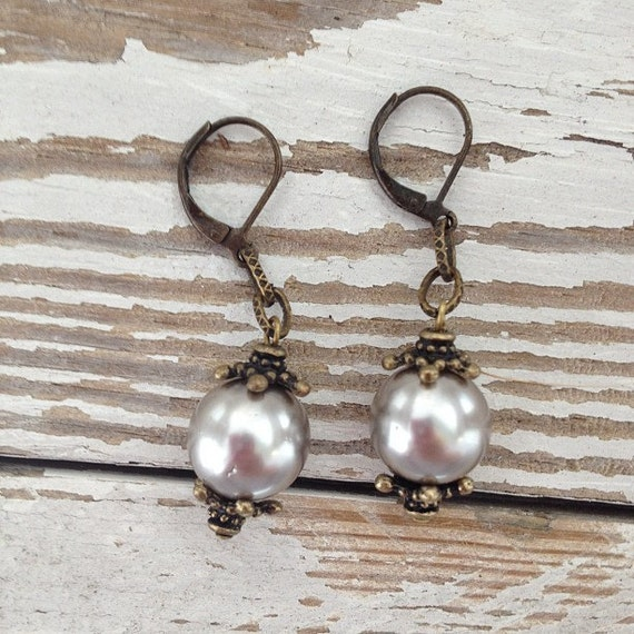 White/Gray Bead Shell Pearl and Antiqued Brass Earrings