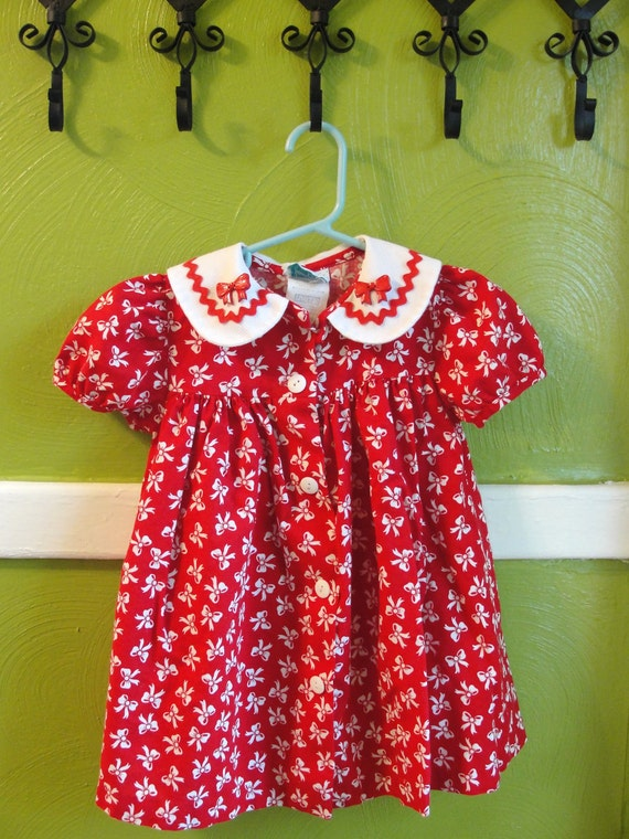 RESERVED. VTG. little girls Red and white bow dress..Size 24M.