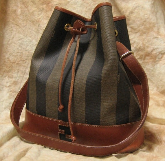 FENDI / Vintage Shoulder bag / Pekan Patterned backet style with strings  / 100% authentic