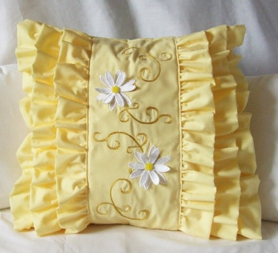 https://www.etsy.com/ca/listing/96590136/white-3d-daisies-pillow-cover-embroidery?ref=sr_gallery_28&ga_search_query=daisy+pillow&ga_view_type=gallery&ga_ship_to=CA&ga_search_type=all