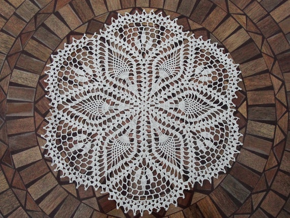 Hand Crocheted Flower Doily, 20 inch, flowers, crochet, tabletop, table, round, ivory, shabby chic, cottage chic, home decor