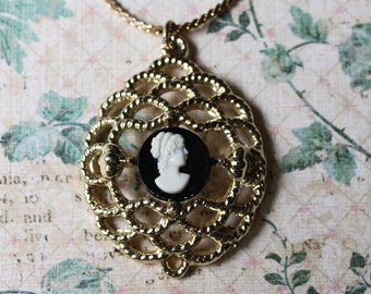 Vintage Black Cameo Pendant Necklace