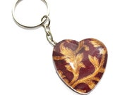 Vintage pattern keychain in red and gold