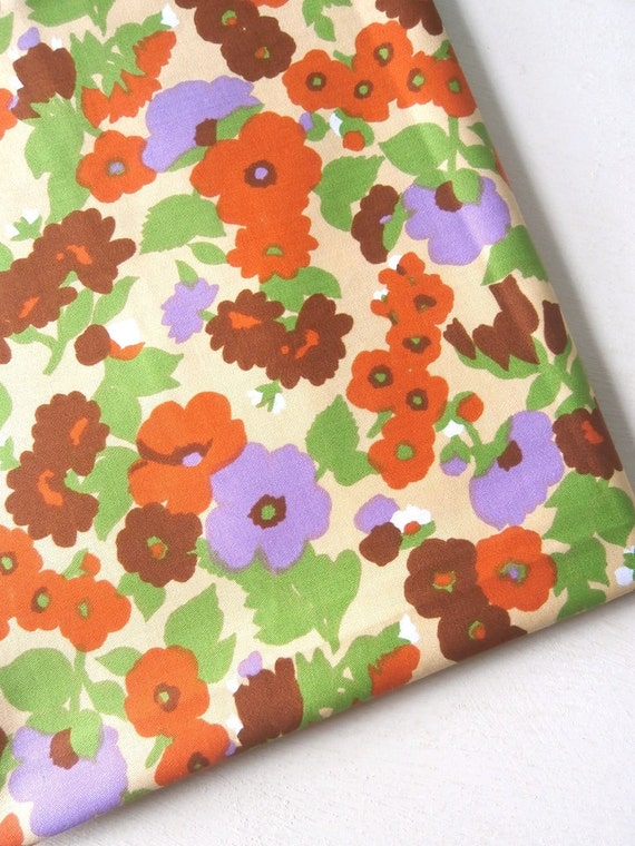1 yd Vintage 60s 70s floral Fabric for Patchwork Quilting Sewing
