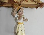 Exotic Dancing Lady Vintage Lamp
