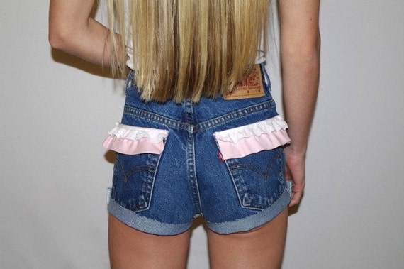 Levi's High Waist Denim Double Ruffle Pocket Short Shorts