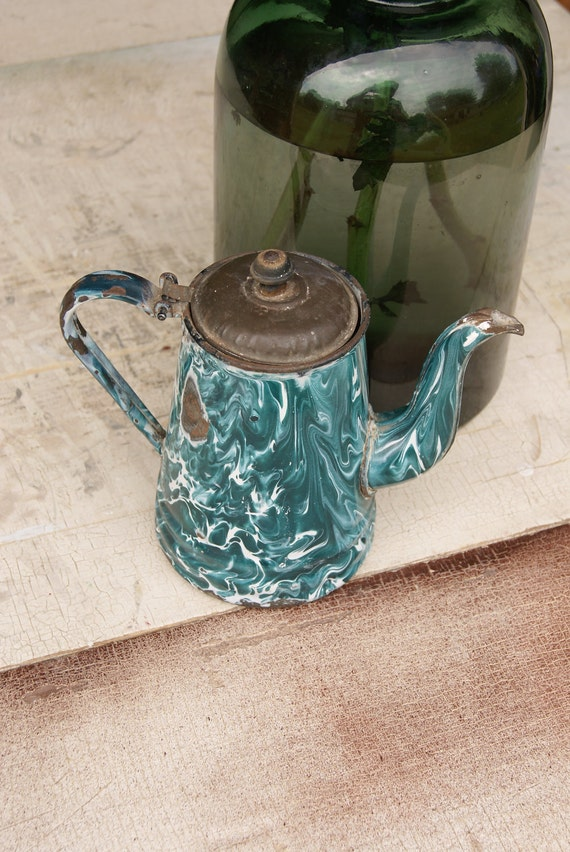 Vintage Chrysolite (Dark Green) Enamelware Graniteware Teapot Or Coffee Pot Country Kitchen